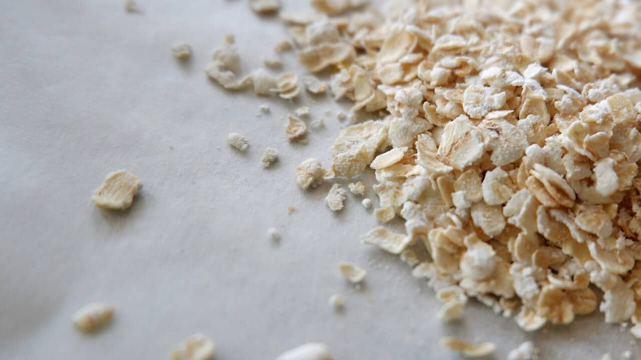 Oatmeal to help lower cholesterol naturally