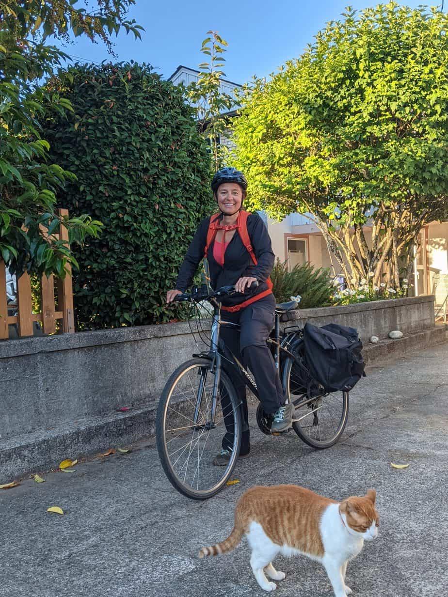 Stella Loichot on her bike, getting ready to go shopping